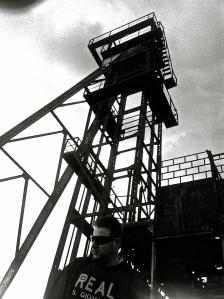 Teo De Vita presso la miniera di Montecatini